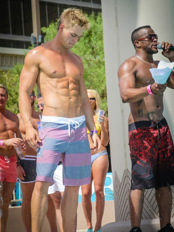 temptation-sundays-las-vegas-gay-pool-party