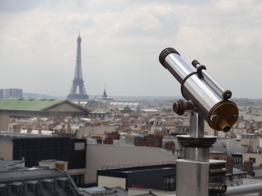 paris-effiel-tower-galleries-lafayette-photo-andrew-villagomez