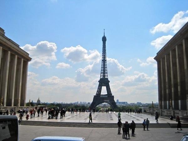 paris-effiel-tower-photo-andrew-villagomez