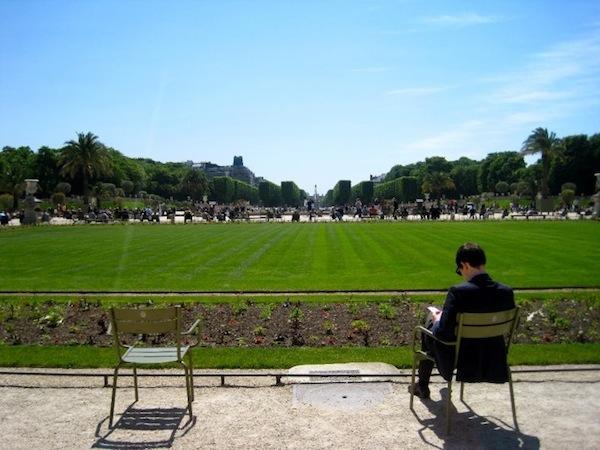 paris-luxembourg-gardens-photo-andrew-villagomez-2