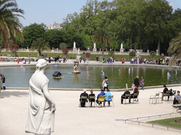 paris-luxembourg-gardens-photo-andrew-villagomez-3