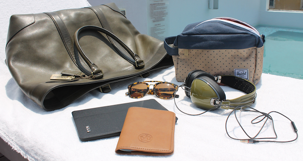 jetsetter-weekend-travel-accessories-1