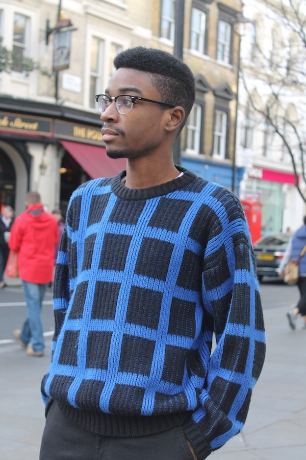London-Street-Style-Statement-Sweater-3