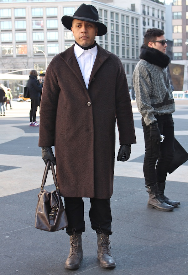 fashion-week-street-style-glam-men-11