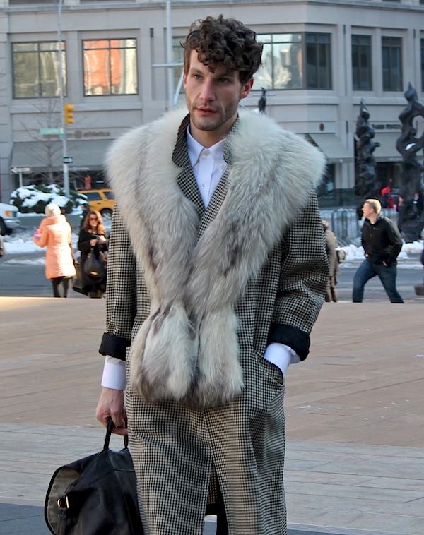 fashion-week-street-style-glam-men-9