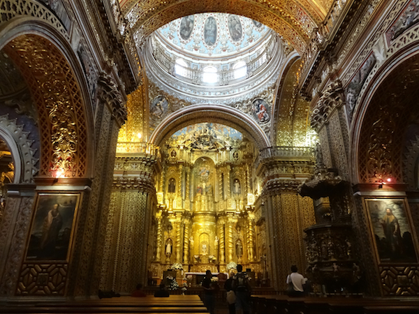 quito-gold-church-inside