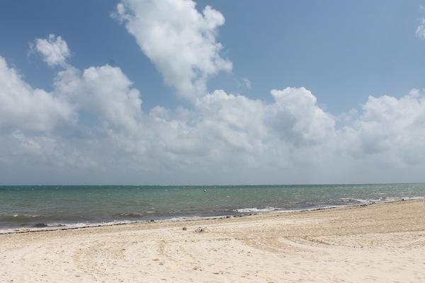 cancun-style-menswear-beach