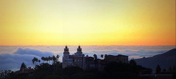 Hearst-Castle-sky