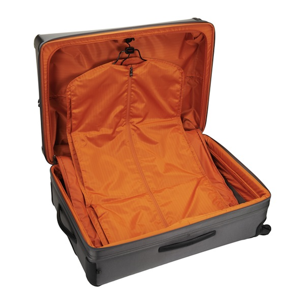 tumi-alpha2-new-luggage-interior-2