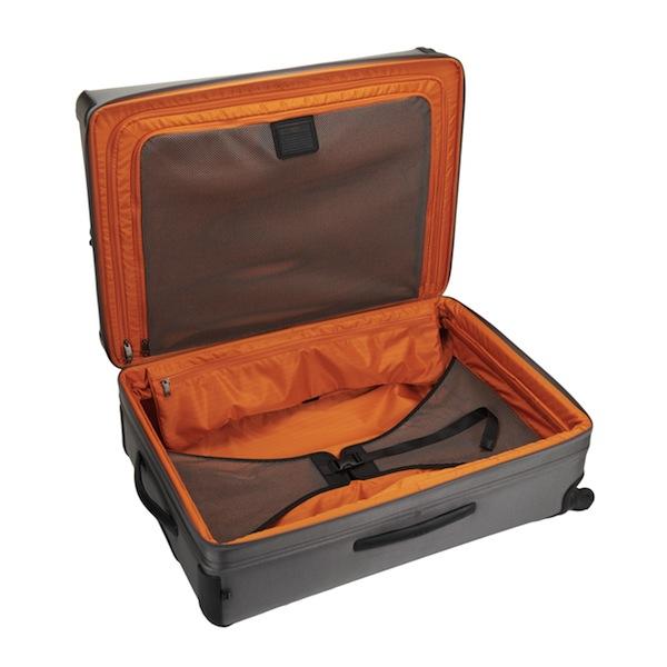 tumi-alpha2-new-luggage-interior