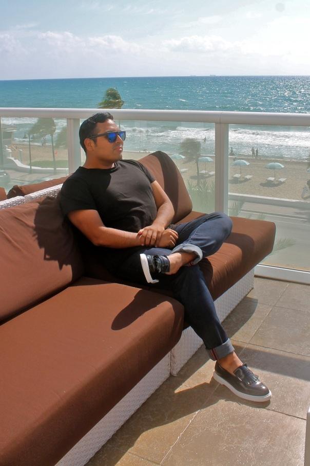 styling-black-tee-luxury-shoes-1