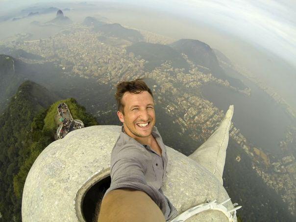 rio-travel-selfie