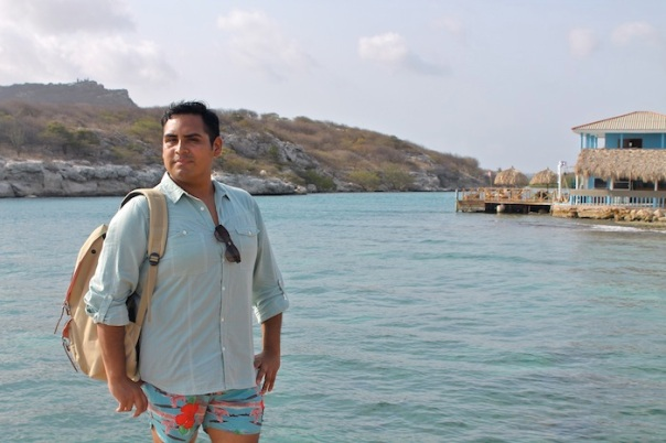 beach-explore-outfit-curacao-3