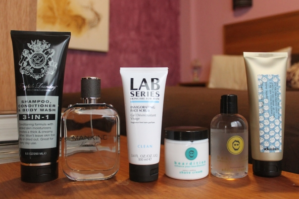 mens-grooming-products-long-trip