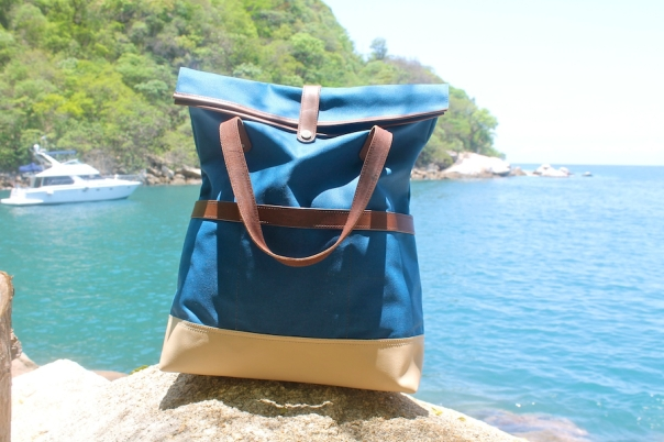 summer-tote-travel-wheelmen-co