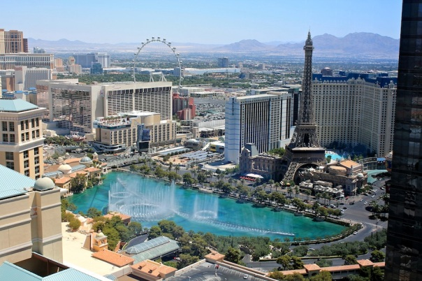 las-vegas-travel-1-sky-view-vdara