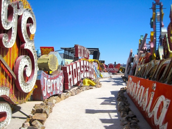 las-vegas-travel-19-neon-boneyard