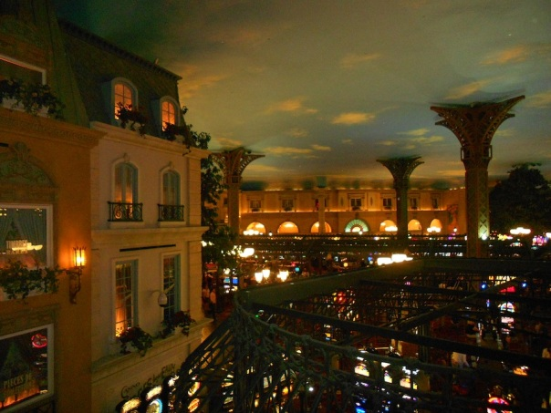 las-vegas-travel-8-paris