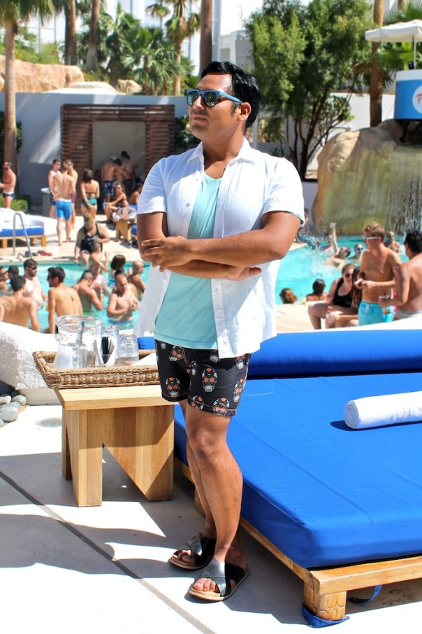 scalise-bathing-suit-outfit-vegas-pool-party-1