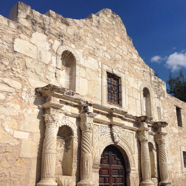texas-san-antonio-the-alamo-close-up