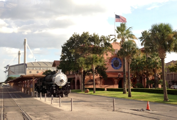 texas-san-antonio-train