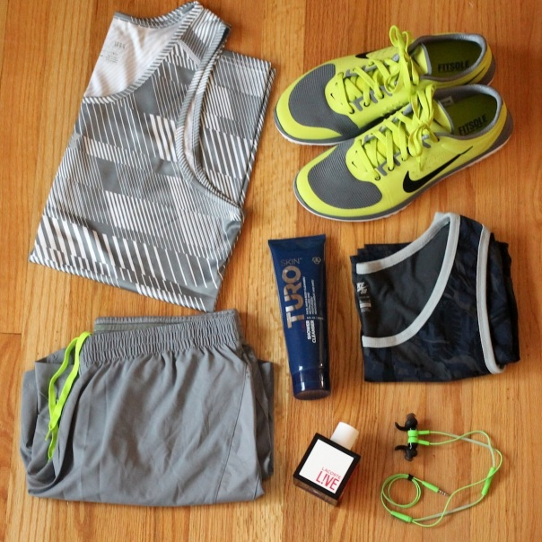 workout-gear-running-gym-bag