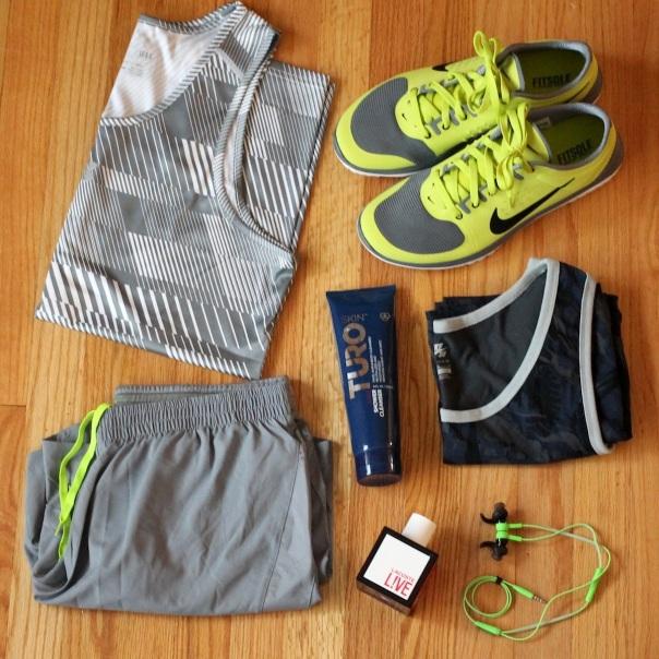 workout-gear-running-gym-bag