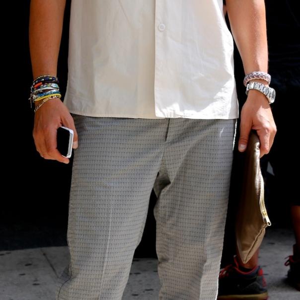 alex-badia-wwd-fall-trends-nyfw-street-style-accessories