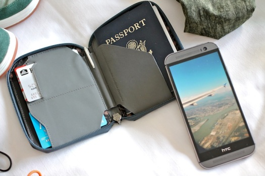 bellroy-passport-case-wallet