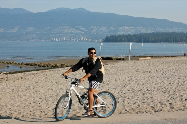 biking-outfit-vancouver-1