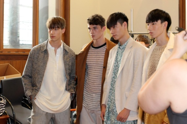 billy-reid-ss15-models-backstage-andrew-villagomez-34