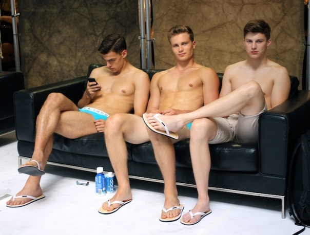 parke-ronen-models-backstage-fashion-week-andrew-villagomez-10