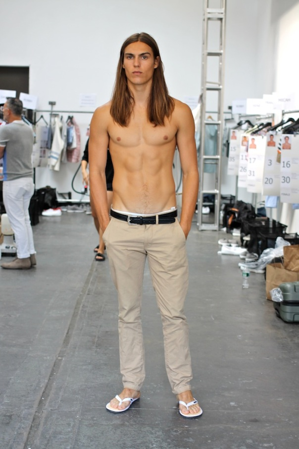 parke-ronen-models-backstage-fashion-week-andrew-villagomez-4