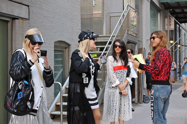 women-street-style-fashion-week-nyfw-ss15-10