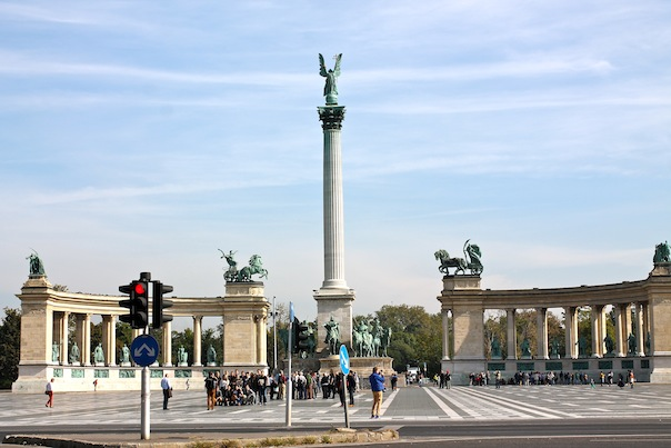 budapest-travel-photos-21-heroes-square