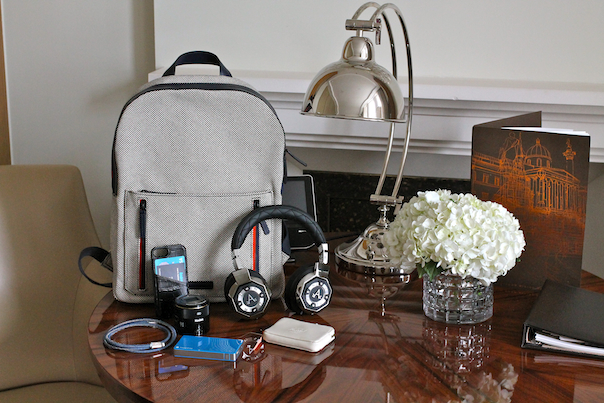 chic-luxury-travel-accessories-tech-london