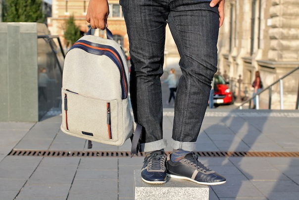 preppy-chic-travel-outfit-7