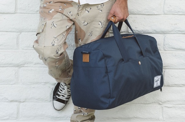 HSC_SP15_Lifestyle-duffel-bag