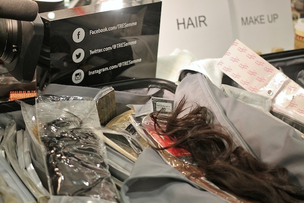 banana-republic-fall-2015-6-backstage-hair