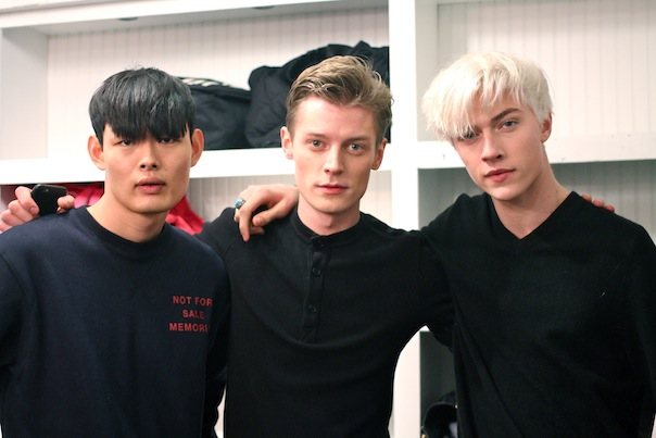 billy-reid-fall-winter-2015-11-backstage-male-models