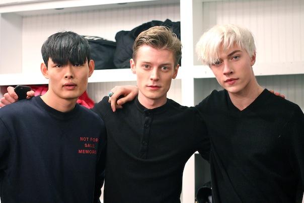 billy-reid-fall-winter-2015-11-backstage-male-models