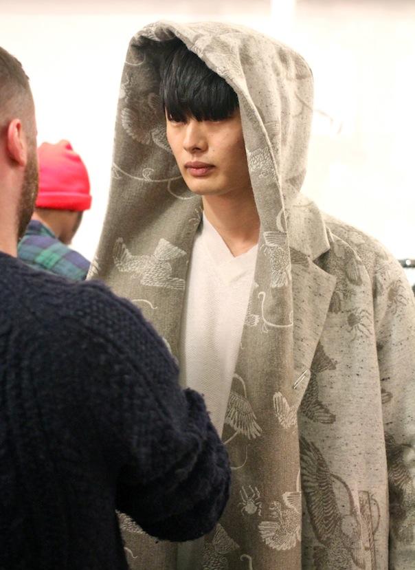 billy-reid-fall-winter-2015-18-model-solromon-kim