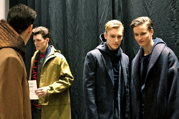 perry-ellis-fall-winter-2015-backstage-39