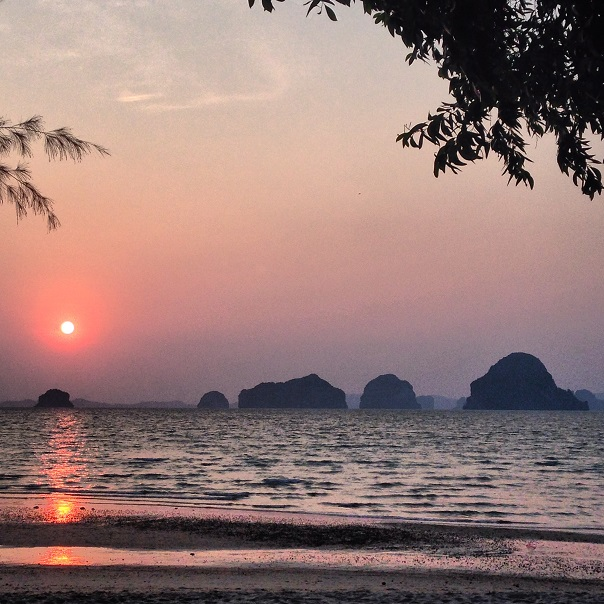 krabi-beach-sunset-thailand