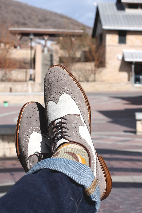 stylish-brogue-oxfords-johnston-murphy-stance-socks