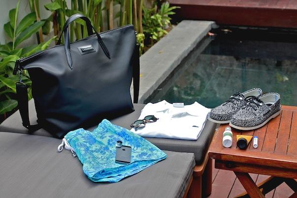 summer-travel-gear-accessories-packing