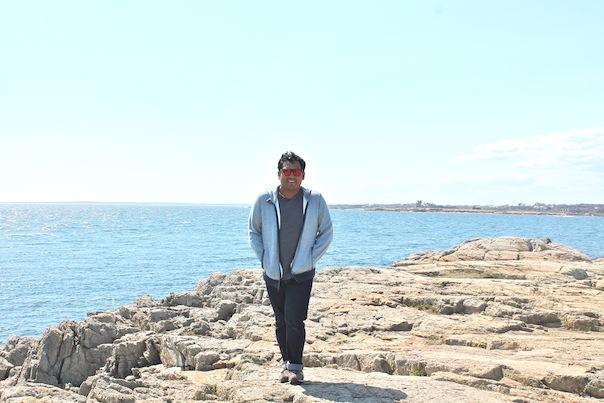newport-cliff-ocean