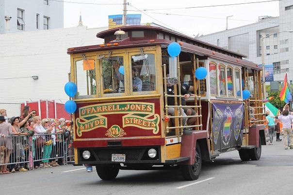 san-francisco-lgbt-pride-2015-13-parade