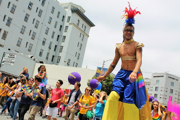 san-francisco-lgbt-pride-2015-21-parade