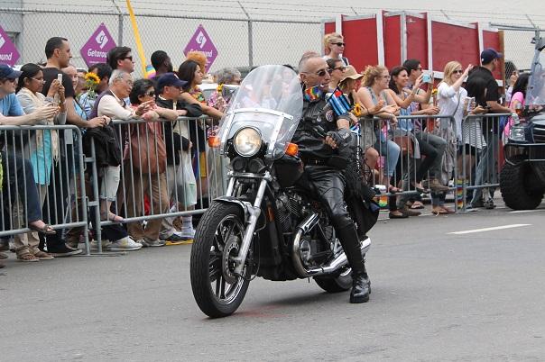 san-francisco-lgbt-pride-2015-23-parade